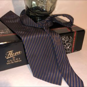Gucci strip tie new